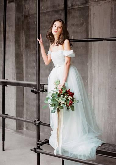 Продажа свадебных платьев игра