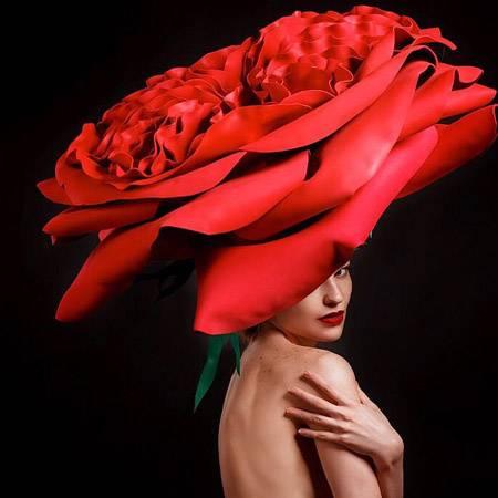 00e1d38e3 Большие цветы из бумаги: как заработать на ростовых цветах | Biz360.ru